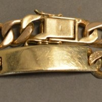 A 9ct. Gold Linked Bracelet 57.5g Hammer £580