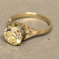 A Solitaire Diamond Ring Claw Set With Diamond Shoulders, approximately 2ct Hammer: £2,400